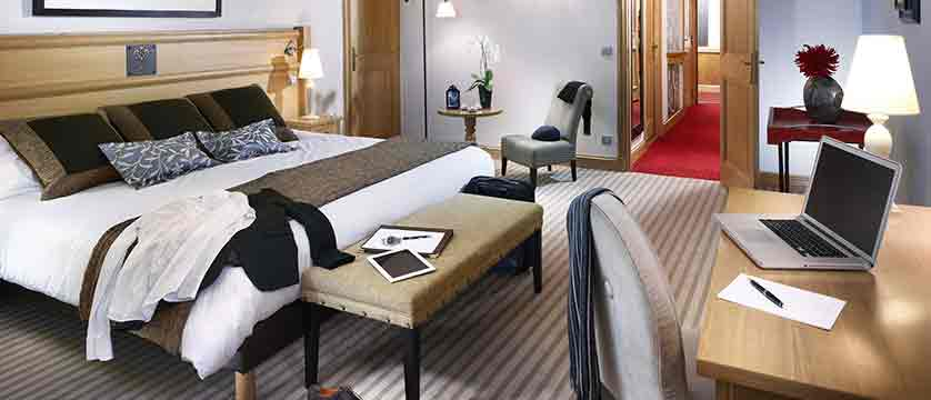 Chalet hotel deluxe bedroom